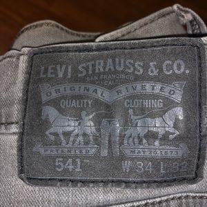Levi's 541 34x32 Jeans